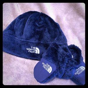 Navy Blue NorthFace Infant Hat & Mittens